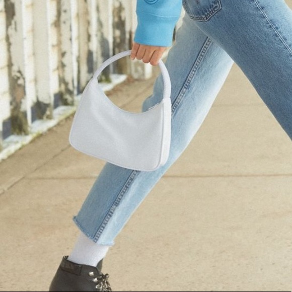 46fdee4aa8 NWT Urban Outfitters Penny Baguette Bag White